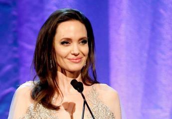 Η Jolie απέσπασε ένα ακόμη βραβείο και ήταν εκθαμβωτική [εικόνες] - Κεντρική Εικόνα