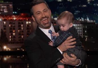 Δάκρυσε από χαρά ο Jimmy Kimmel κρατώντας αγκαλιά το γιο του [βίντεο] - Κεντρική Εικόνα