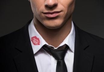 Έρευνα δείχνει ποιοι άνδρες είναι πιο άπιστοι: οι ψηλοί ή οι κοντοί  - Κεντρική Εικόνα