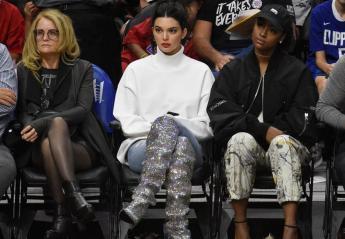 H Kendall Jenner φόρεσε μπότες των 10.000 δολαρίων στο... γήπεδο [εικόνες] - Κεντρική Εικόνα