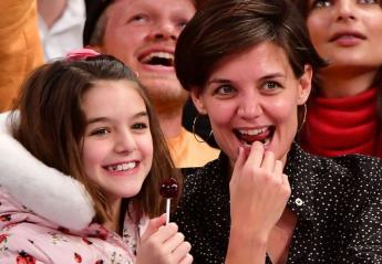 H κόρη του Tom Cruise και της Katie Holmes έγινε 12 ετών [εικόνες] - Κεντρική Εικόνα