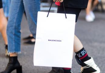 Αυτή δεν είναι μια απλή χάρτινη σακούλα για ψώνια γιατί κοστίζει πολύ ακριβά  - Κεντρική Εικόνα