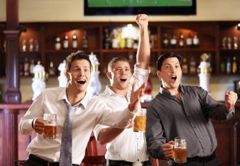 Oι άνδρες πρέπει να βγαίνουν με τους φίλους τους τουλάχιστον 2 φορές την εβδομάδα - Κεντρική Εικόνα