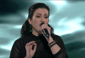 The Voice: Ξέχασε τους στίχους αλλά κέρδισε την πρόκριση στον τελικό [βίντεο] - Κεντρική Εικόνα