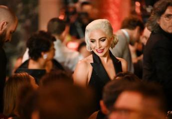 Έχετε δει τη μαμά της Lady Gaga; Μοιάζουν σαν αδελφές! [εικόνες] - Κεντρική Εικόνα