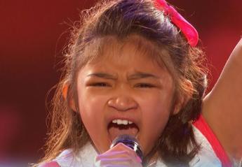 Αυτή η 9χρονη τρελαίνει τους πάντες με τη δυνατή φωνή της [βίντεο] - Κεντρική Εικόνα