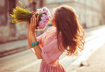 Beauty Line: Κάνε το άρωμά σου να διαρκεί περισσότερο - Κεντρική Εικόνα
