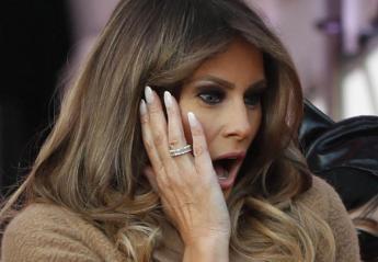 H Melania Trump παραπάτησε και κόντεψε να σωριαστεί [βίντεο] - Κεντρική Εικόνα