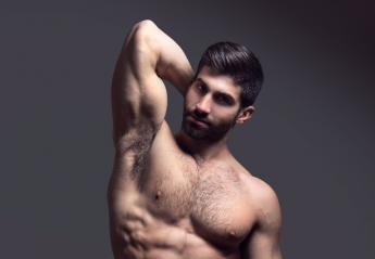 Έλληνας - μοντέλο έγινε viral λόγω του μικρού ανιψιού του [εικόνες] - Κεντρική Εικόνα