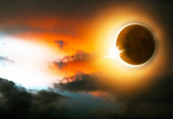 Έκλειψη Ηλίου στο Λέοντα: Πώς επηρεάζει κάθε το ζώδιo - Κεντρική Εικόνα
