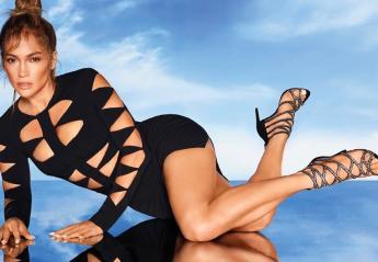 H Jennifer Lopez πόζαρε με το μεγαλύτερο fashion trend της χρονιάς [βίντεο] - Κεντρική Εικόνα