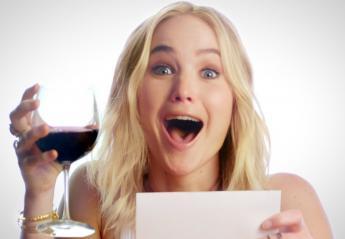 Η JLaw δεν μπορεί να ξεχωρίσει την κριτική μιας ταινίας και ενός κρασιού [βίντεο] - Κεντρική Εικόνα