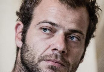 O ηθοποιός Ορέστης Τζιόβας έγινε αγνώριστος [εικόνες] - Κεντρική Εικόνα