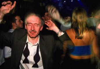 Σε ποιά ηλικία θεωρείσαι πολύ μεγάλος/η για να κάνεις clubbing; - Κεντρική Εικόνα