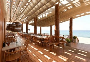 Δύο εστιατόρια της Costa Navarino βραβεύτηκαν για την ελληνική κουζίνα τους - Κεντρική Εικόνα
