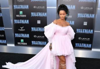 Και η Rihanna φόρεσε ένα παραμυθένιο φόρεμα από τούλι [εικόνες] - Κεντρική Εικόνα