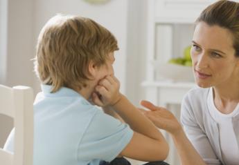 Όλα όσα πρέπει να ξέρουν οι γονείς για τον παιδικό αυνανισμό - Κεντρική Εικόνα