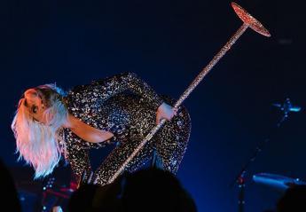 H live εμφάνιση της Lady Gaga στα Grammys δίχασε το twitter [βίντεο] - Κεντρική Εικόνα
