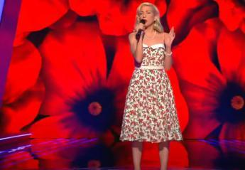 The Voice: Αυτή η διαγωνιζόμενη έφερε στο σόου... vintage αέρα [βίντεο] - Κεντρική Εικόνα