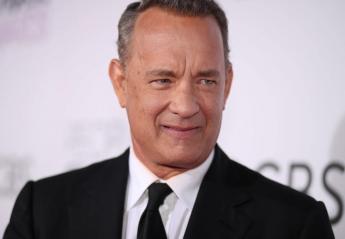 O Tom Hanks έκλεισε 64 και μας χάρισε μια εντυπωσιακή βουτιά - Κεντρική Εικόνα