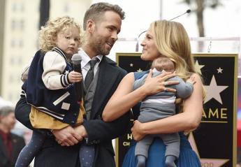 Δείτε το ξεκαρδιστικό tweet του Ryan Reynolds για τη γιορτή του πατέρα - Κεντρική Εικόνα