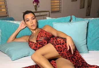 H Kourtney Karadashian είχε ένα σέξι στιλιστικό ατύχημα με το μίνι της [εικόνα] - Κεντρική Εικόνα
