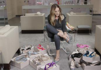 Η Sarah Jessica Parker  δοκιμάζει 14 ζευγάρια παπούτσια σε χρόνο ρεκόρ - Κεντρική Εικόνα