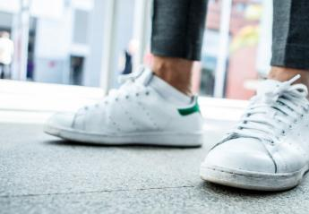 Οι 5 κανόνες για να έχεις πάντα λαμπερά αθλητικά παπούτσια  - Κεντρική Εικόνα