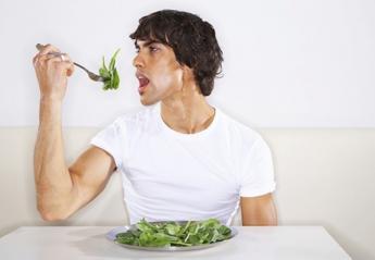 Κάτι ήξερε ο Ποπάι: Το σπανάκι αυξάνει τη μυική σου δύναμη - Κεντρική Εικόνα