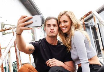Έρευνα δείχνει πως τελικά οι selfies μπορούν να σου κάνουν καλό - Κεντρική Εικόνα