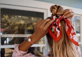 Το μαντήλι στα μαλλιά είναι το summer trend που όλες θα λατρέψουν [εικόνες] - Κεντρική Εικόνα