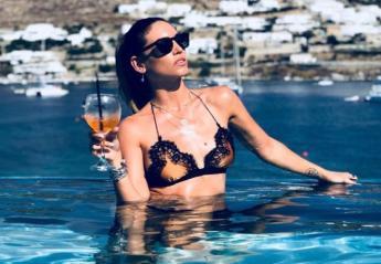 Η Αθηνά Οικονομάκου φέτος δεν θα κάνει διακοπές στη Μύκονο  - Κεντρική Εικόνα