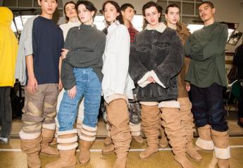 Αυτές οι αντρικές μπότες έχουν προκαλέσει πολλά σχόλια [εικόνες] - Κεντρική Εικόνα