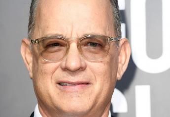 O Tom Hanks σέρβιρε ποτά και το Διαδίκτυο τον λάτρεψε [εικόνα] - Κεντρική Εικόνα
