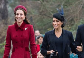 1218ddf3d027 Δείτε τι φόρεσαν οι Kate και Meghan την ημέρα των Χριστουγέννων  εικόνες