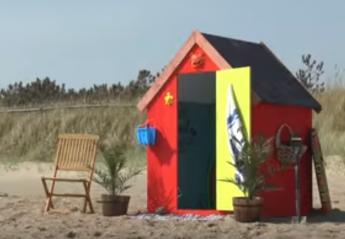 Αυτή η μικρή καλύβα στην παραλία κρύβει... μυστικά [βίντεο] - Κεντρική Εικόνα