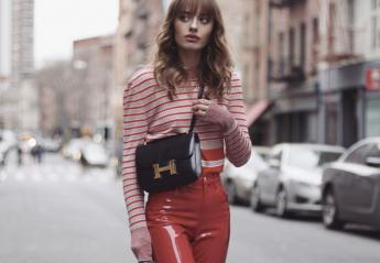 Leather/ vinyl παντελόνια: 22 τρόποι να φορέσεις το fashion trend του 2019 [βίντεο] - Κεντρική Εικόνα