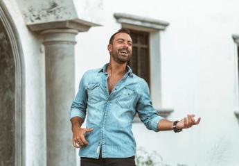 Ο Σάκης Τανιμανίδης έστειλε ένα μήνυμα για τις Πανελλήνιες εξετάσεις [βίντεο] - Κεντρική Εικόνα