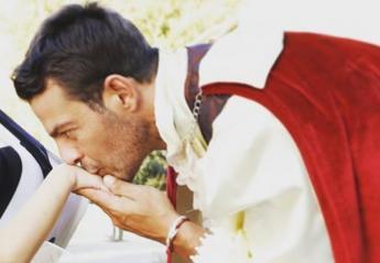 Ο... Ντάνος ντύθηκε πρίγκιπας και μας συγκίνησε [εικόνα] - Κεντρική Εικόνα