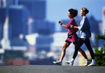 Power walking: Μάθε να περπατάς πιο γρήγορα γιατί τα οφέλη είναι πολλά - Κεντρική Εικόνα