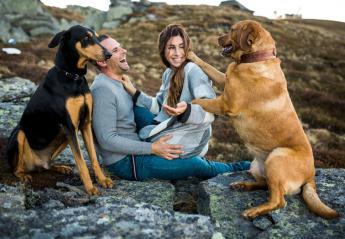 Έρευνες αποκαλύπτουν κάτι ενδιαφέρον για τις ερωτικές σχέσεις όσων έχουν σκύλο - Κεντρική Εικόνα