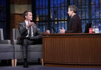 Ο Neil Patrick Harris φόρεσε TOMMY HILFIGER TAILORED στο Late Night - Κεντρική Εικόνα