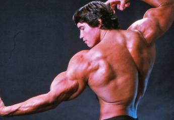 """Θες να """"χτίσεις"""" τέλειους ώμους; Κάνε την άσκηση Arnold Press όπως ο... Κόναν - Κεντρική Εικόνα"""