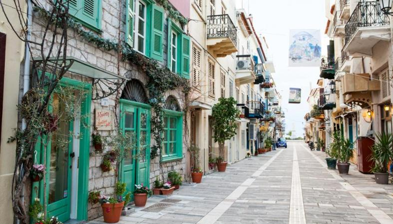 Οι 10 πιο δημοφιλείς προορισμοί των Ελλήνων για το φετινό Πάσχα - Κεντρική Εικόνα
