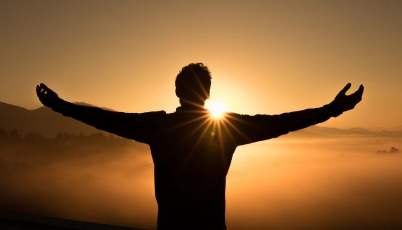 """Πως θα αλλάξει η ζωή σου αν σταματήσεις να λες """"συγγνώμη"""" και λες """"ευχαριστώ"""" - Κεντρική Εικόνα"""