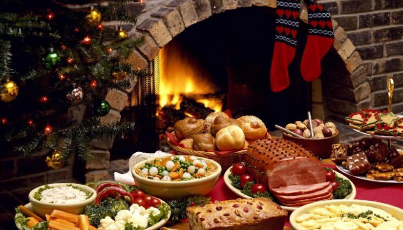 Οι ειδικοί λένε πως μπορείς να φας αυτές τις 5 τροφές στα γιορτινά τραπέζια - Κεντρική Εικόνα