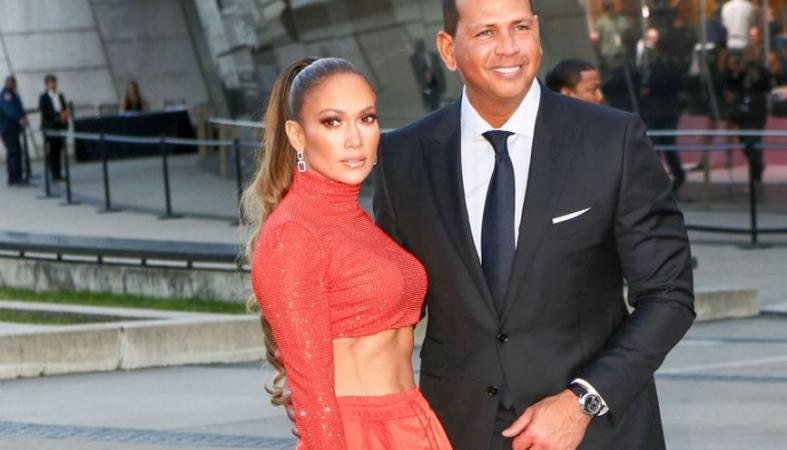 Δεν φαντάζεστε που πήγε τον αρραβωνιαστικό της η Jennifer Lopez - Κεντρική Εικόνα