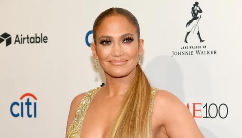 H Jennifer Lopez τρέλανε κόσμο στο γκαλά του περιοδικού Time [εικόνες] - Κεντρική Εικόνα