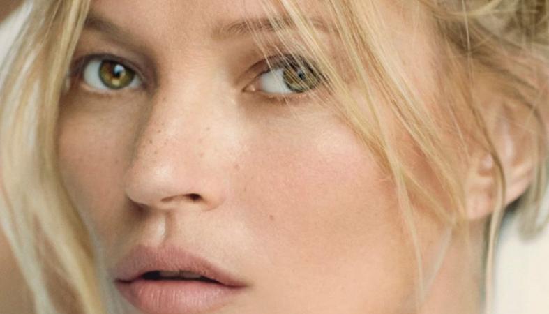 Θέλεις φρέσκο πρόσωπο στη στιγμή; Η Kate Moss ξέρει ένα κόλπο - Κεντρική Εικόνα