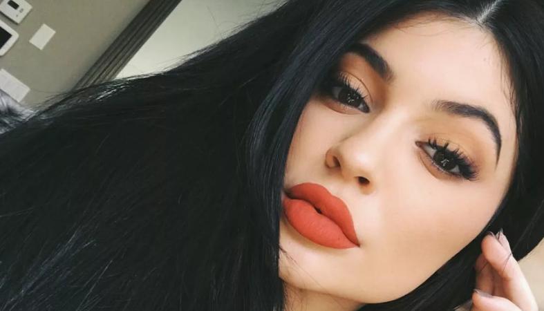 Η Kylie Jenner λέει πως η μικρούλα Stormi της μοιάζει πολύ - Κεντρική Εικόνα
